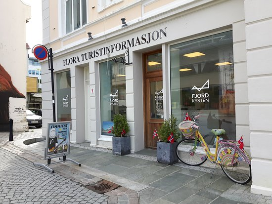 Floro, Norway: The Tourist Information is located in the city centre of Florø