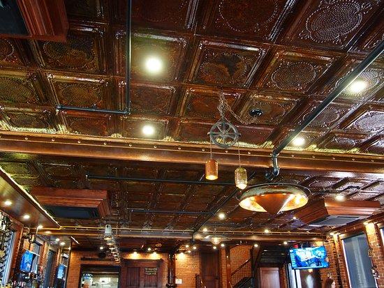 Winfield, KS: Great coper ceiling