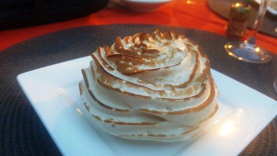 Yzeures-sur-Creuse, Prancis: Omelette Norvégienne