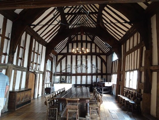 Lord Leycester Hospital: Fabulous guildhall built by Neville (The Kingmaker) Earl of Warwick in 1450