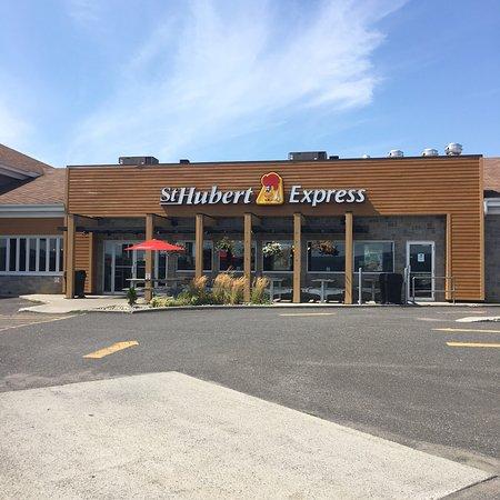 St-Hubert Express