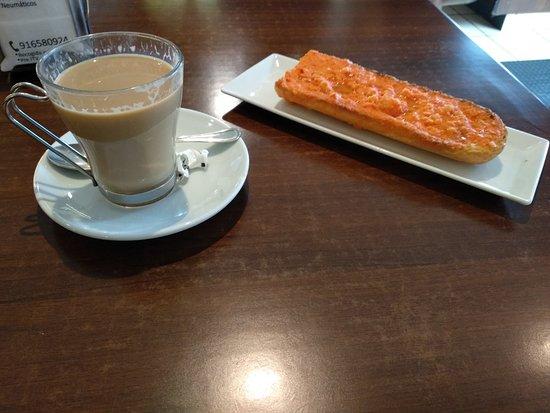 Paracuellos de Jarama, Spanyol: IMG_20180806_090806_large.jpg