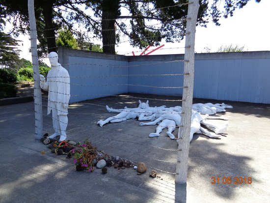 ‪Holocaust Memorial at California Palace of the Legion of Hono‬