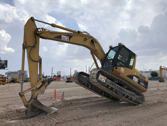 Dig This – Heavy Equipment Playground