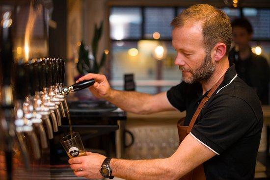 Floro, Norwegia: Mange typer øl på ´tap´