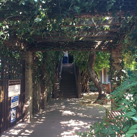 El Pueblo Inn: photo2.jpg