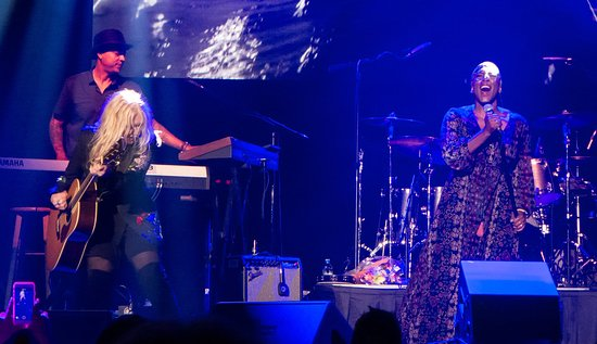 Liv Warfield and Nancy Wilson - Picture of Xcite Center