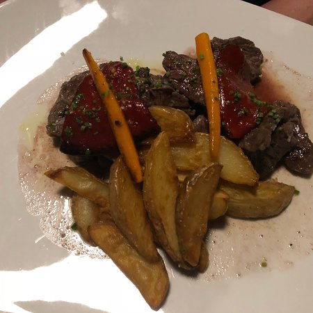 Restaurante Can Canals: Wir haben sehr lecker zum Abend gegessen...Mallorquinisches Rind und Fisch