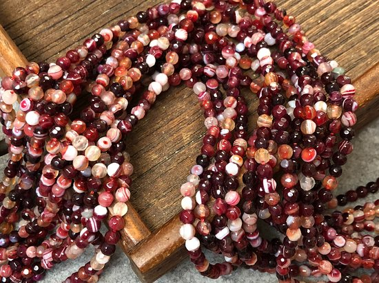 Agate faceted rounds