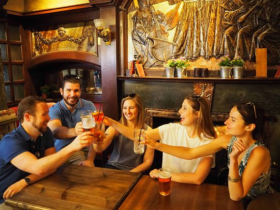 Historic Pub Tours London