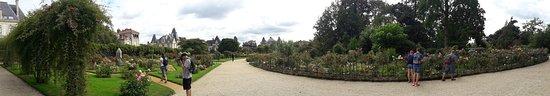 Parc du Thabor: 20180813_123444_large.jpg