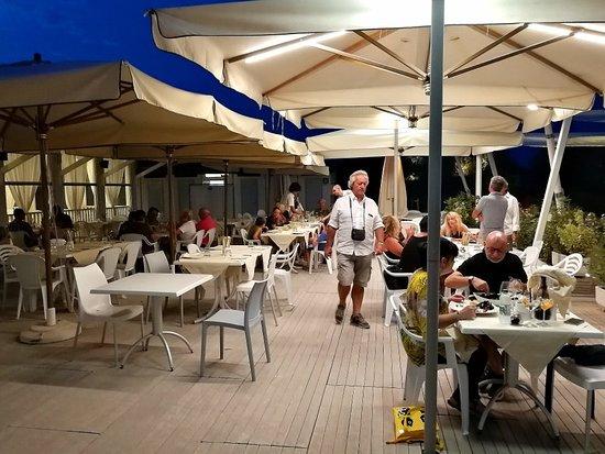 Bagno ai tamerici marina di ravenna ristorante recensioni numero di telefono foto - Bagno oasi marina di ravenna ...