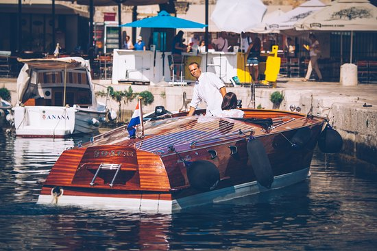Dubrovnik Classic Wooden Boat Cruises