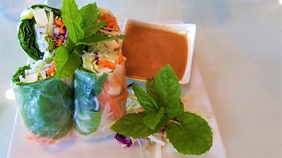 Silverdale, WA: Fresh Spring Rolls with Peanut Sauce--Beautifully prepared and served! Taste GREAT!