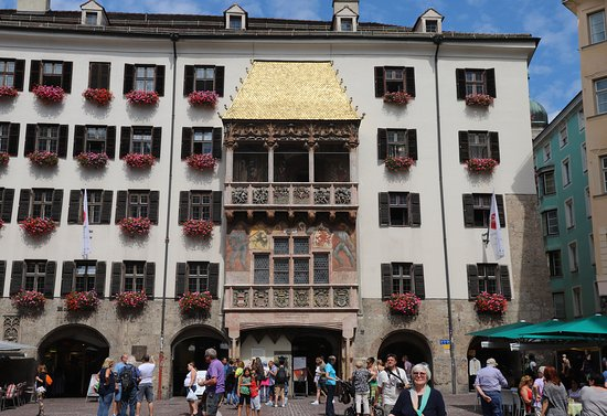 The Golden Roof (Goldenes Dachl): 황금지붕