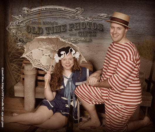 Miss Kitty's Old Time Photos & Gifts: Summer Loving ♫♫♫ Having A Blast ♫♫♫ Come make a memory of your Outer Banks Vacation at Miss Kit