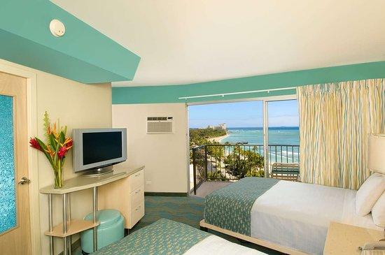 Aston Waikiki Circle Hotel