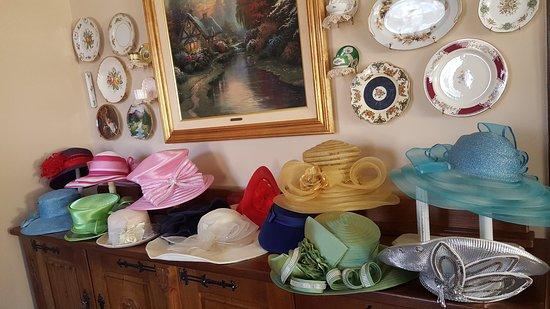 Columbiana, AL: Hats, hats, hats!!