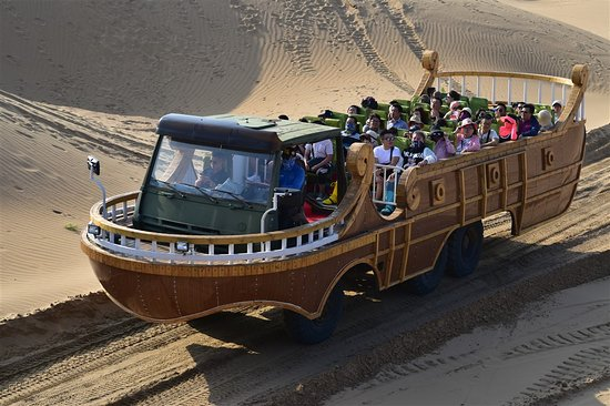 Dalate Qi, China: Very popular resort