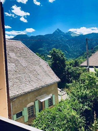 Lalley, France: Une vue d'une des chambres