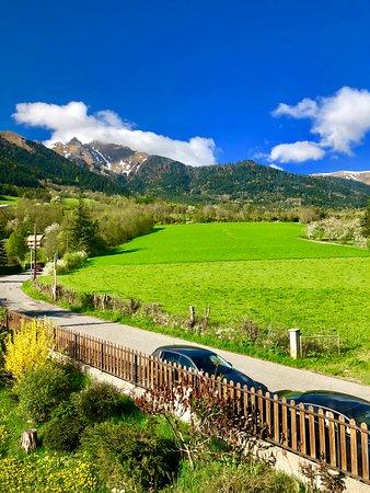 Lalley, France: Une autre vue à partir d une chambre