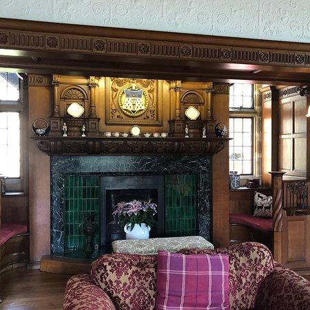 Dunsley Hall: photo1.jpg