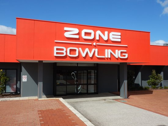Zone Bowling Morley   (Entrance)