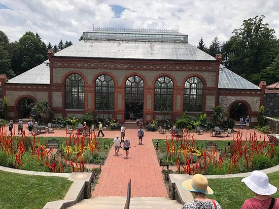 Biltmore: Gardens and glass houses