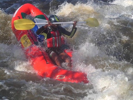 Parys, Zuid-Afrika: We have a variety of white water rafting options on the Vaal River, phone us and find out more