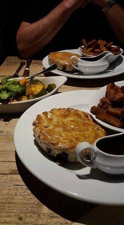 The Moon Inn: The fabulous Steak and Ale pie!