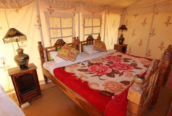Review: Good camping Jaisalmer - Maharaja Desert Camp, Kanoi