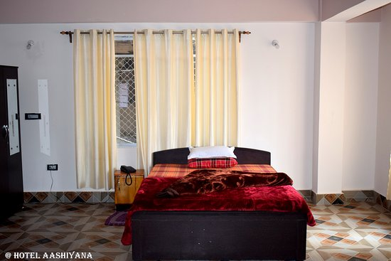 Hotel Aashiyana ภาพถ่าย