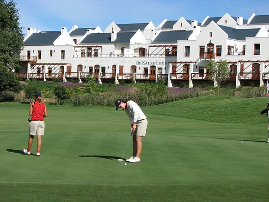 De Zalze Lodge: Golfing at De Zalze Golf Course