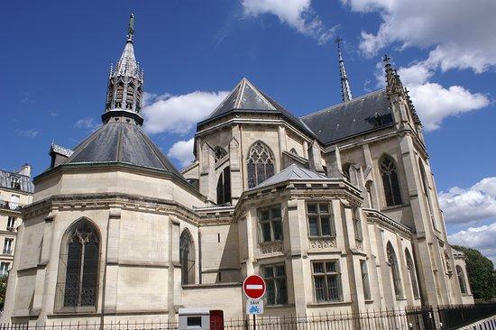 Eglise Saint Bernard de la Chapelle