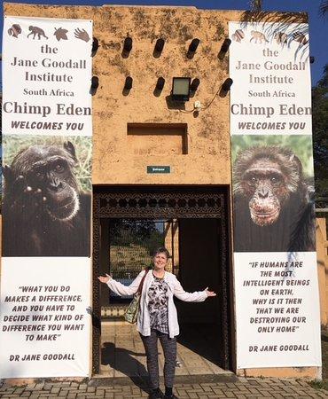 Jane Goodall Chimpanzee Eden Sanctuary : Finally made it to Chimp Eden!