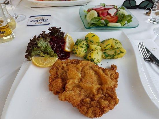 Sankt Valentin, Austria: 20180812_182445_large.jpg