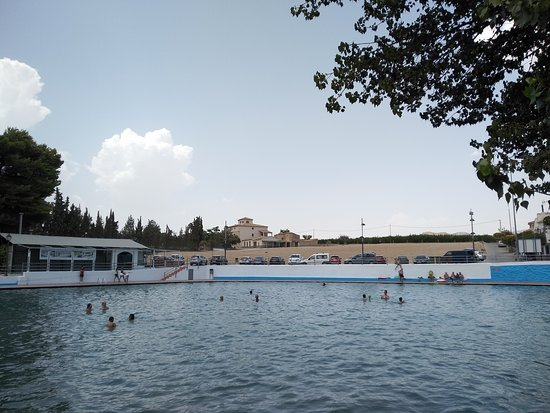 Tijola, Espanha: View from cafe's towards other side pool