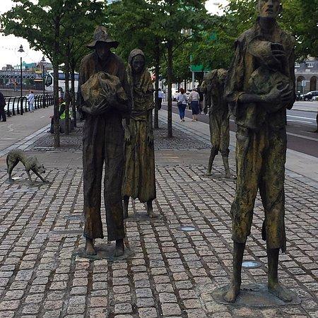 The Famine Sculptures: photo0.jpg
