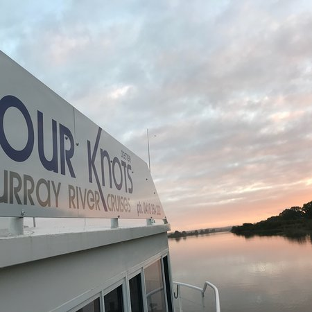 Four Knots Murray River Cruises 사진