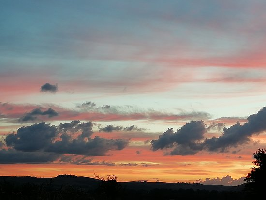Fenny Bentley, UK: The sunsets are lovely!!!!