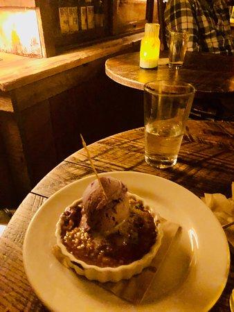 Owl Bar: Amazing Blueberry Crumble........Yum