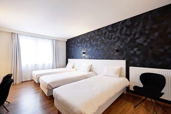 Parkhotel Roeselare: Londres Triple room (annex building)