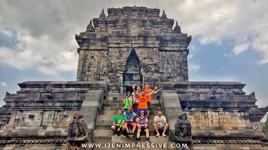 Banyuwangi, Indonesien: Amazing tour in Yogyakarta to see Indonesian world class historical heritage.