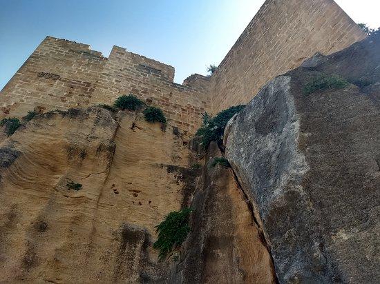 Montesa, Испания: CERRADO