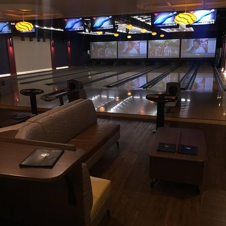 Troy, MI: Brand new VIP Suite that is perfect for parties and other group events.