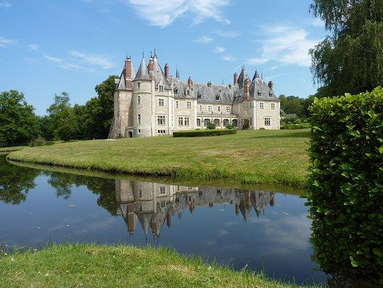 chateau de la verrerie updated 2018 castle reviews. Black Bedroom Furniture Sets. Home Design Ideas