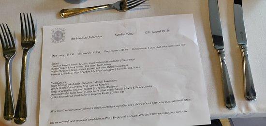 Llanarmon DC, UK: Main menu
