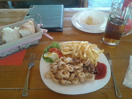 Necujam, Croatia: One of the many dishes