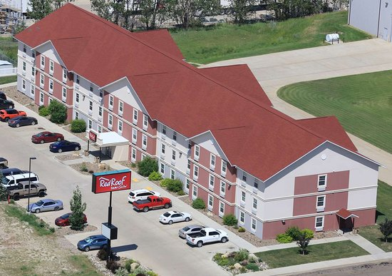 Red Roof Inn & Suites Dickinson