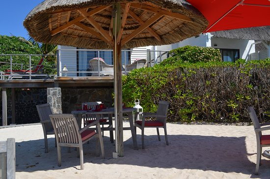 La Maison D'ete Hotel: Restaurant de plage.